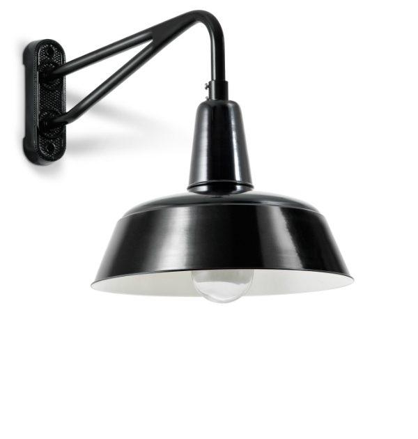 Disse væglamper er i sorte og hvide farver. Lamperne er som standard i aluminum.