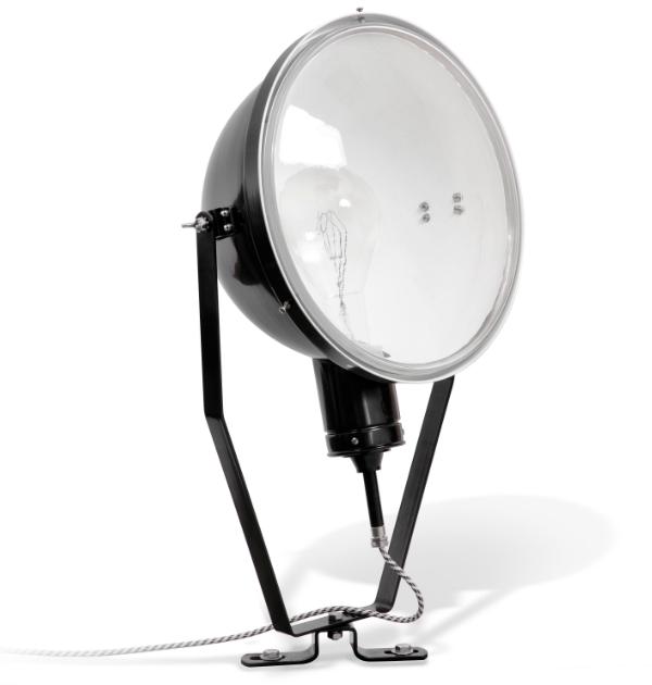 Disse stråle lamper er i sorte og hvide farver i aluminium